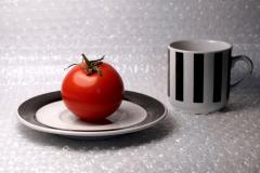 02-tomato-Silvia-Rosenthal
